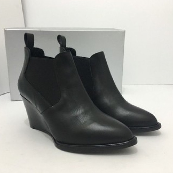 688e68ccbf3 Robert Clergerie Bk Leather Olav Wedge Booties. M 5b9dc0e68ad2f96cc6f66ef1
